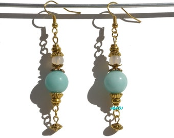 Earrings with jade and agate