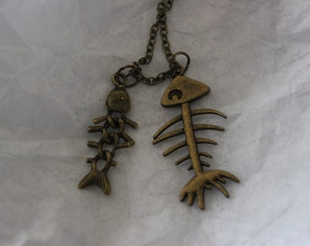 fishbones necklace