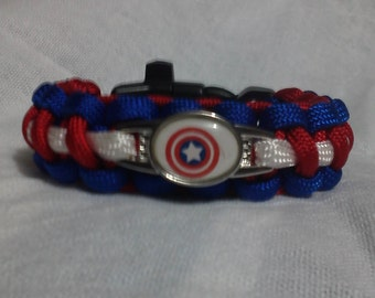 Captain America paracord bracelet, with whistle.