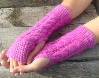 Ladies cerise pink pure cashmere fingerless mittens by Willow Luxury (one size)