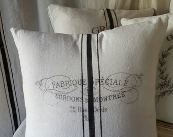 Grain sack inspired pillow covers--Fabrique Speciale pattern