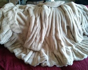 Faux fur Vintage cream