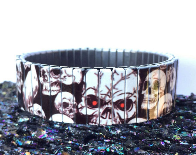 Skulls bracelet, Halloween, Stainless Steel, Repurpose Watch Band, Stretch Bracelet, Wrist Band, Sublimation, Design, gift for friends