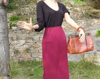 90's burgundy straight skirt