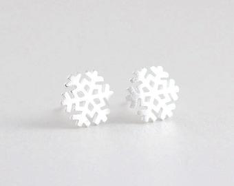 S925 Snowflake Stud earrings