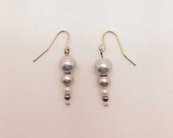 Shell If I Know Earrings (Neutral)