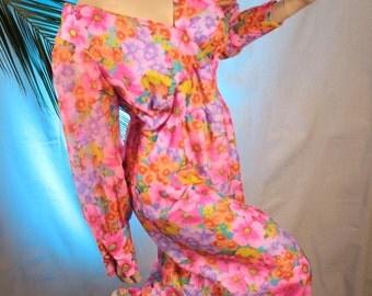 Malihini Hawaii Designer's Collection Pink Floral Woman's Dress circa 1970's Bust 40,Waist 31,Hips 46