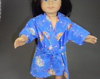 """Bathrobe for """"popular 18"""" doll"""""""