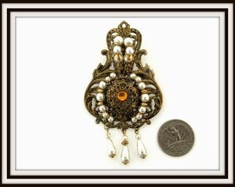 Vintage huge victorian SHIELD design gold plated rhinestone and faux pearl BROOCH