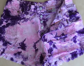 High Waisted Levis Shorts Size Medium in Purple & Pink Tie Dye