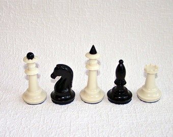 20% OFF Sale! Vintage Chess Pieces. Set of 5 Plastic Chessmen. Old Soviet Chessmen. Made in the USSR.