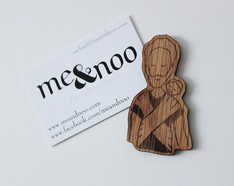 Babywearing wooden magnet-Back Wrapping Dad