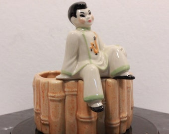 Vintage 1950s Chinese Pen and Pencil Holder by Ceramic Arts Studio in Madison, Wisconsin.