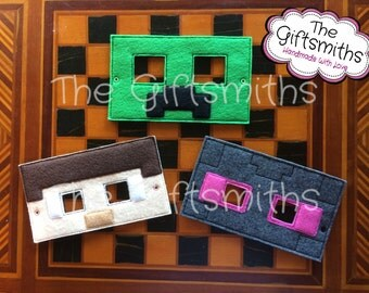 8-bit Character Masks / Pretend Play / Party Favor / Halloween Costume / Cosplay / Photo booth / Masquerade