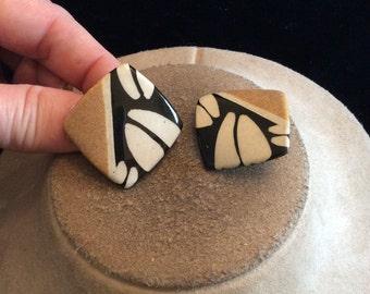 Vintage Chunky Ceramic Tan White & Black Clip On Earrings