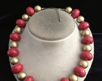 Vintage Chunky  Red & Gold Colored Beaded Necklace
