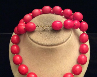 Vintage Chunky Large Red Beaded Necklace