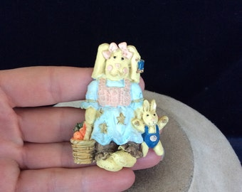 Vintage Large Easter Bunny Pin