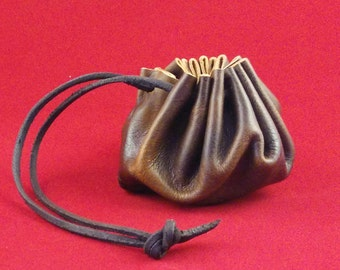 Medieval leather purse bag, tie closure. Perfect for small items, coins, dice and as a wedding favor.