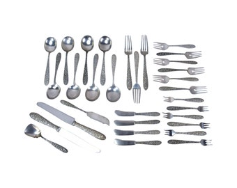 33 piece Manchester Southern Rose Repousse Sterling Silver Flatware Lot