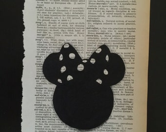 Minnie Mouse Head, Hand painted, Dictionary page art. 15cm x 23cm.
