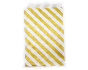 MEDIUM Gold striped party favor bag. 5x7. Set of 10.  Gold party bag. Gold paper treat bag.  Party favor bag.  Birthday PARTY favors.