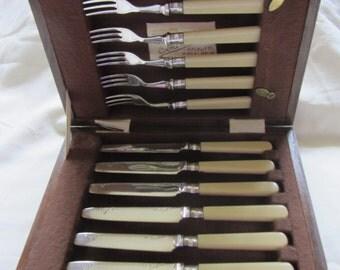 Vintage boxed set 12 EPNS engraved Silver Plate knives and forks. 6 knives, 6 forks, oak box.  Wedding shower, top table