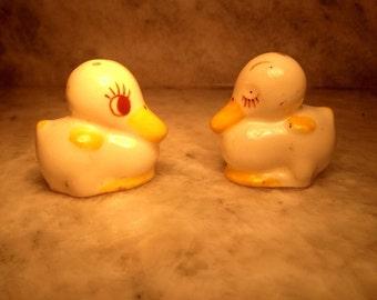 Mini duck salt and pepper shakers