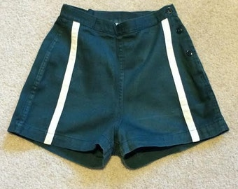 Girl Scout uniform cotton shorts, green with white stripe