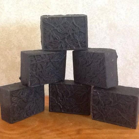 Handmade Activated Charcoal Bentonite Clay Tea Tree Oil