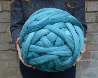 Chunky Yarn - Dyed Merino Wool Lightly Felted Roving - Superfine 16 Micron Super Super Bulky Yarn