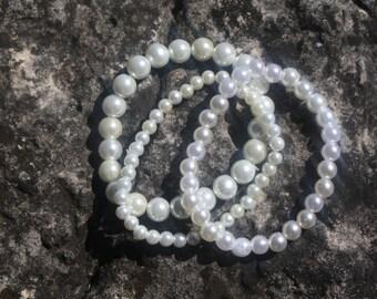 White Pearl Stretch Bracelet Set, Bracelet Set, Pearl Bracelets, White Pearls Bracelets, White Bracelets