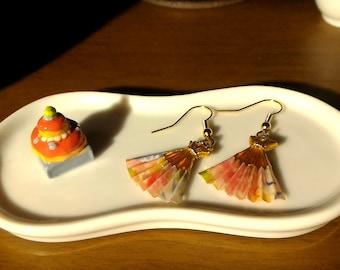 Japanese Origami Fan Earrings - Petal - petal origami fan earrings pattern - the pattern
