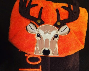 Buck Hooded Towel