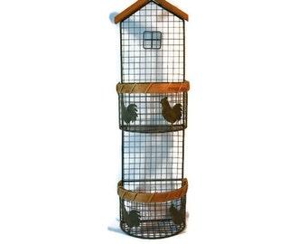 Egg Basket, Chicken Decor, Wire and wood, Farmhouse, Kitchen Decor