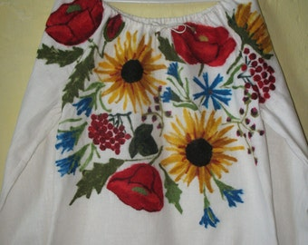 Blouse-embroidery Sunflowers and Maki ""