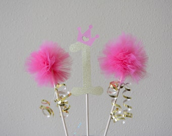 Number and Tulle Pom Pom Centerpiece