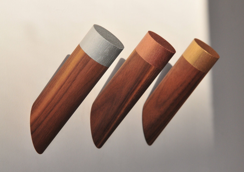 walnut wall peg wall hook coat hook hat rack towel rack. Black Bedroom Furniture Sets. Home Design Ideas