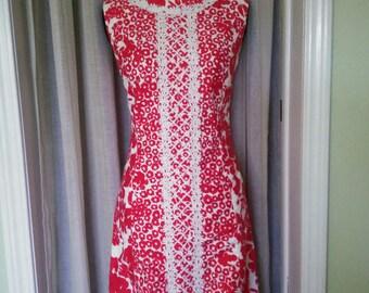 Vintage dress, Vintage red dress, Vintage 1960's dress, 1960's dress, red floral dress, red dress, vintage red dress, floral red dress. A7