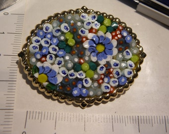 Retro brooch