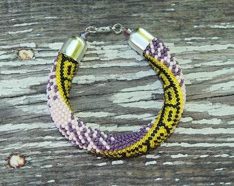 Lilac bracelet Violet bracelet Yellow bracelet Purple bracelet Beaded bracelet Elegant bracelet Charm bracelet Gift for women Purple wedding