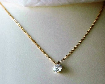 Cubic zirconia necklace in 9K gold setting vintage 1980s