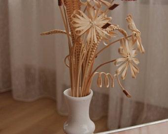 Wicker weaved flower bouquet / posy