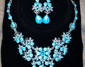 Blue Rhinestone Flower Jewellery Set