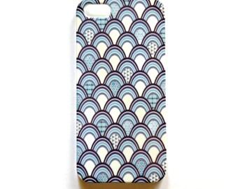 Blue and white iPhone 5 case, fish scale wraparound design