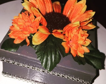 Floral Gift Box (4.50) for multiples