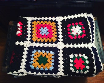 1970s crochet throw blanket