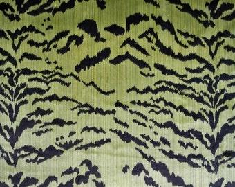 LEE JOFA Kravet Exotic TIGRE Tiger Silk Velvet Fabric 4 Yards Black Green