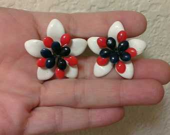 Vintage Red White & Blue Patriotic Clip On Earrings (1960)