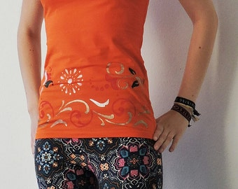 Orange hand painted top with floral pattern, size s